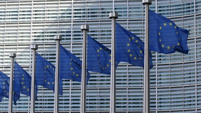 The EU Adopts Two New Data Protection Clauses
