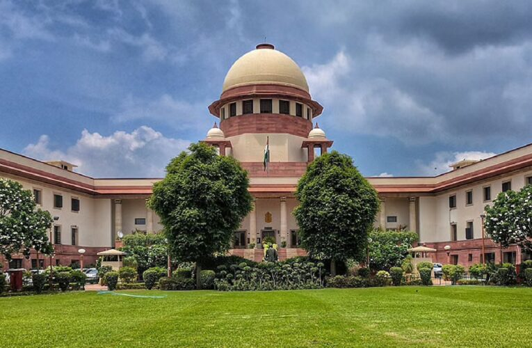 Big relief to Future Group from Supreme Court, Court stays Delhi High Court's order to confiscate assets
