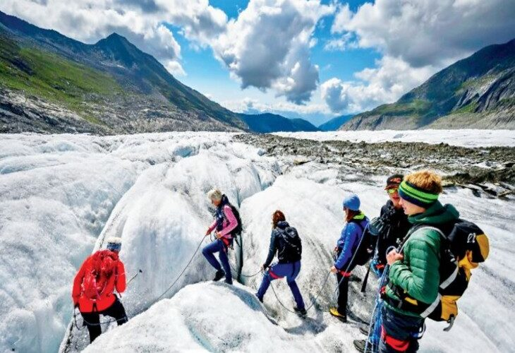 The thickness of the glaciers of the Alps is decreasing by one and a half meters every year, the rate of melting of glaciers is increasing rapidly